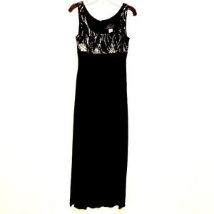 ALEX EVENINGS Maxi Dress